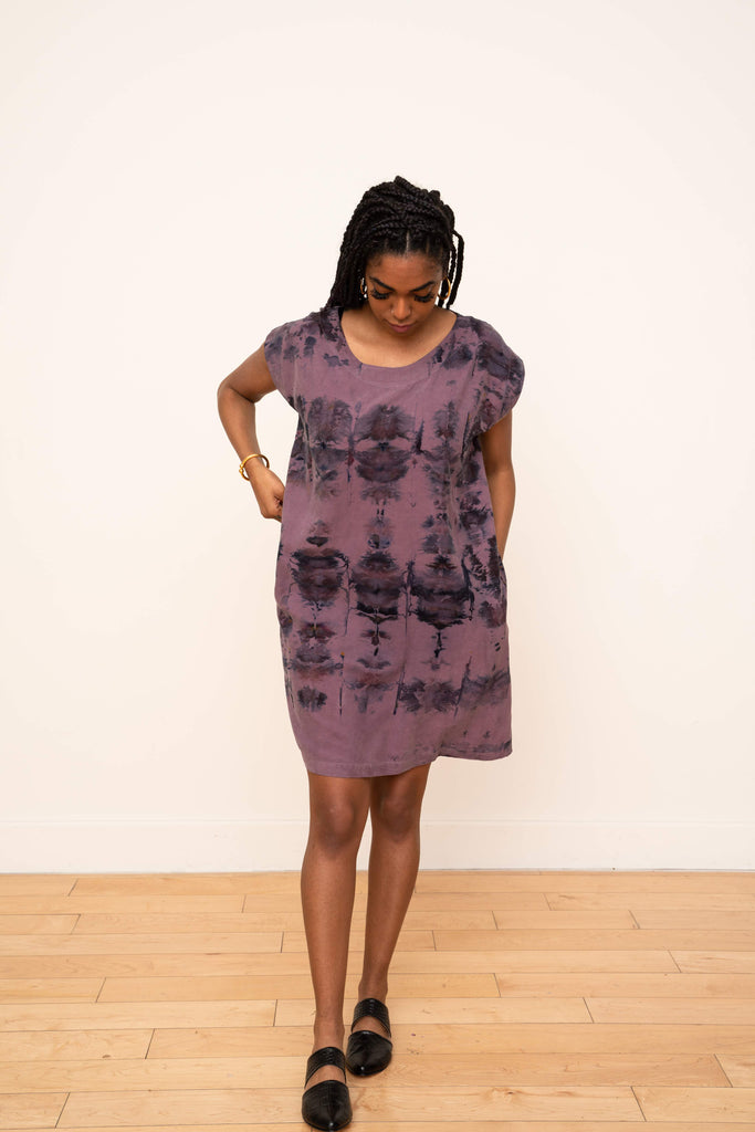Laguna Shift Dress in Ikat Plum and Black