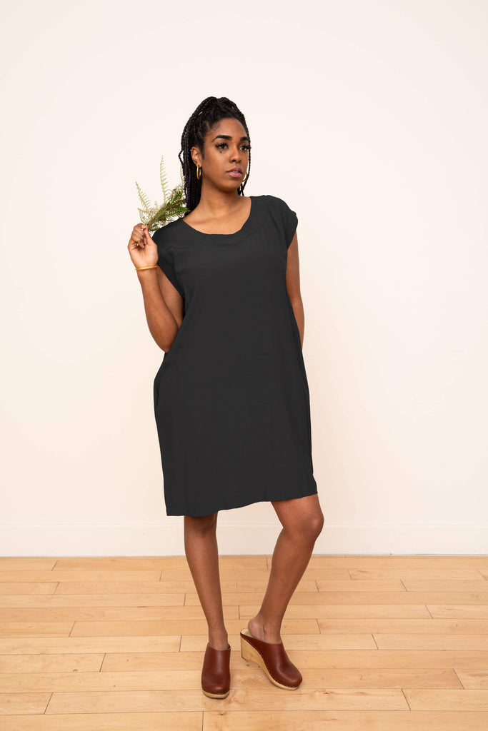 Laguna Shift Dress in Black