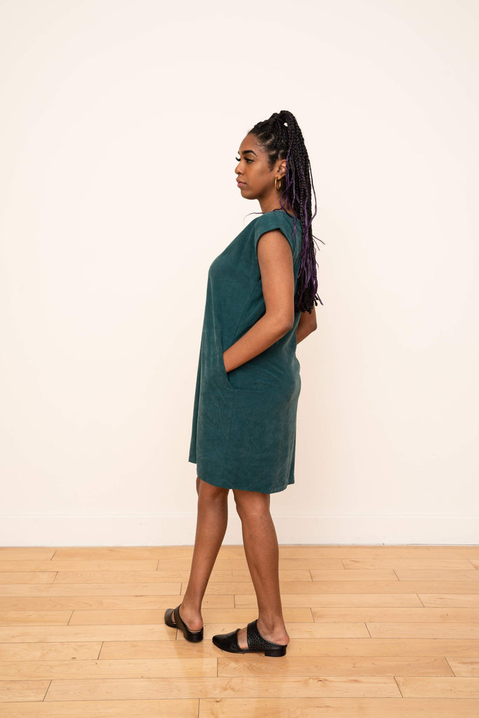 Laguna Shift Dress in Emerald