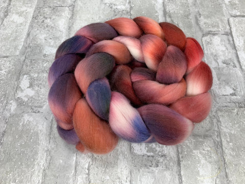 Roses, Violets and Such on 18.5 Merino