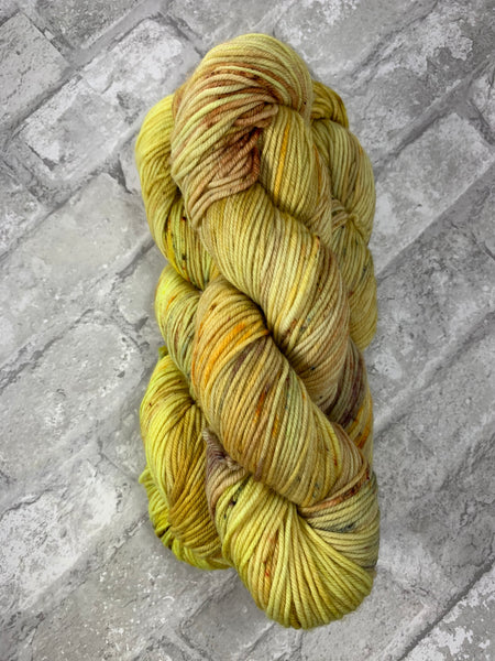 Spice Market on King on heavy dk/light worsted weight yarn
