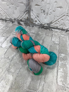 Summertime on Gold 400 yards of super wash fingering weight yarn