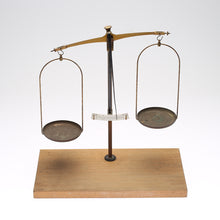 Load image into Gallery viewer, Brass and steel weighing scales