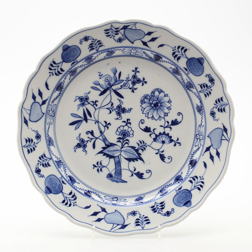 Fabulous blue and white Missen plate c1900