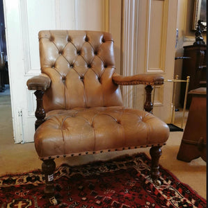 Lovely, early 20th century leather chair