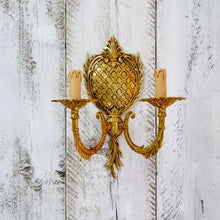 Load image into Gallery viewer, Pair of gilded Italian pineapple wall sconces