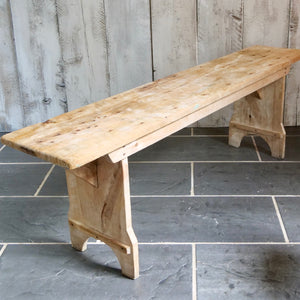 Charming French farmhouse bench