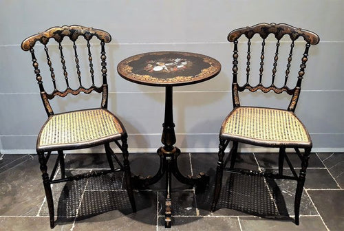 Jennens and Bettridge chinoiserie table and chairs