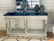 Load image into Gallery viewer, Lovely 20th Century console table