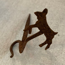 Load image into Gallery viewer, Set of Folk art animal wall hooks