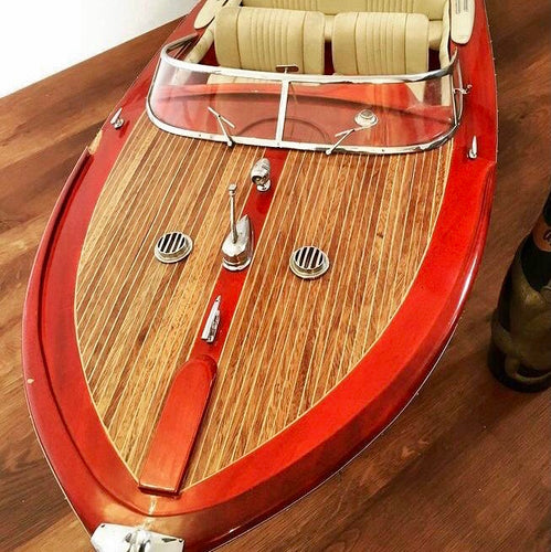 Lovely Riva Aquarama owners model