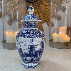 Delft urn with lid