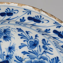 Load image into Gallery viewer, 18th century Chinoiserie faience dish