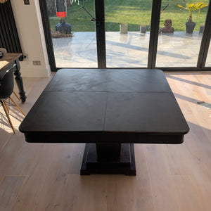 Fabulous metamorphic dining table