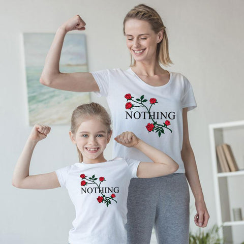 Tee shirt blanc à motifs fleuris NIKKI - Mon Mini Moi Matching Family Outfits Dad mom and my surprise Store