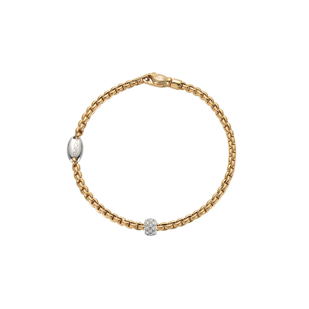 Eka Tiny Bracelet with Diamond Pavé Rondel