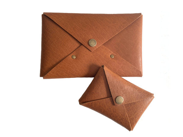 Leather Gift Ideas | Envelope Gift Set in Camel