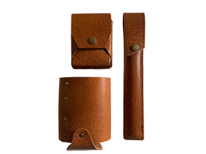 Leather Gift Ideas | Drinking Game Gift Set in Camel