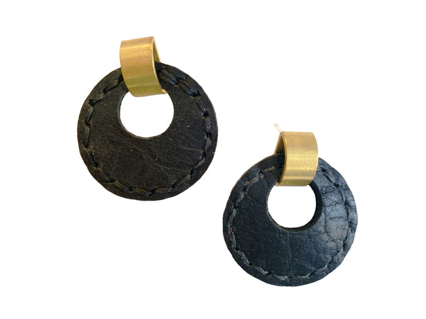 Majeure - 70s Style Drop Earrings in Black