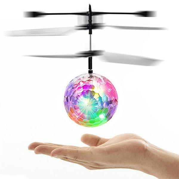 GLOWBALL™: drone a balle lumineuse