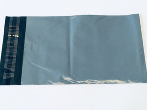 Grey Polythene Mailing Bag 22.5 x 15cm Medium Strength