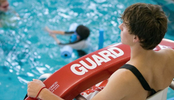 FREE LIFEGUARD TRAINING! REFUNDABLE DEPOSIT REQUIRED