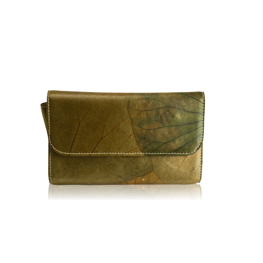 Perla Lotus Natural Handmade Clutch