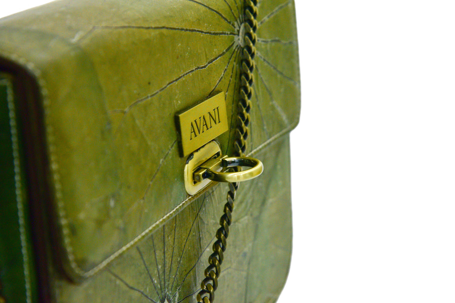 BLAIR NATURAL LOTUS HANDMADE CHAIN SHOULDER BAG