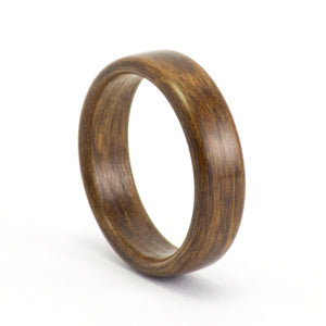 Brown oak wood wedding ring by Ebeniste