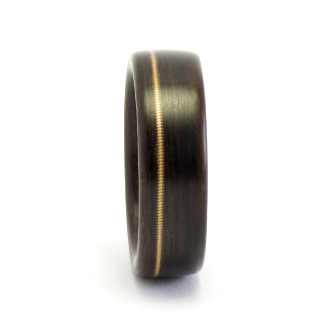 Ebony and guitar string wood ring by Ebeniste