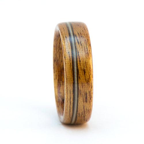 Mahogany and guitar string wood ring by Ebeniste