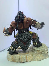 Load image into Gallery viewer, World of Warcraft Durotan Chieftain of the Frostwolf clan - 22CM