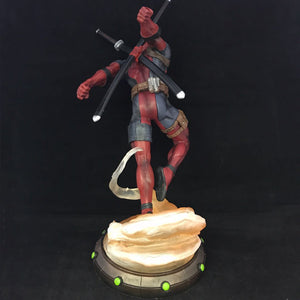 X-Men Deadpool Figure - 27CM