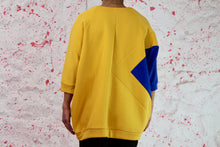 Load image into Gallery viewer, Oversized yellow sweatshirt