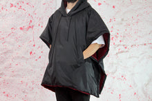 Load image into Gallery viewer, Poncho rain coat