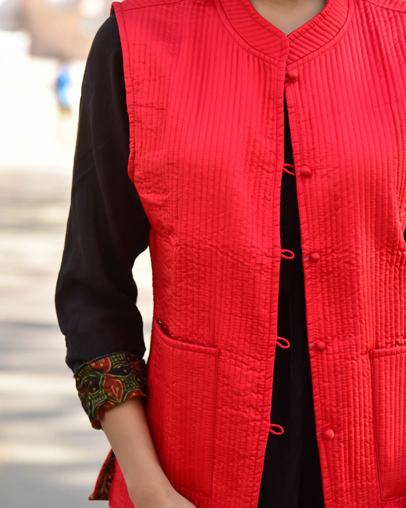 FLORAL RED SILK & COTTON QUILTED JACKET
