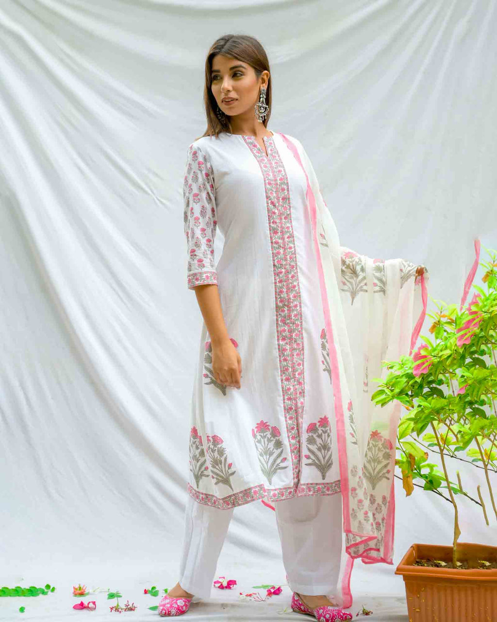 WHITE & PINK HANDBLOCK SUIT SET