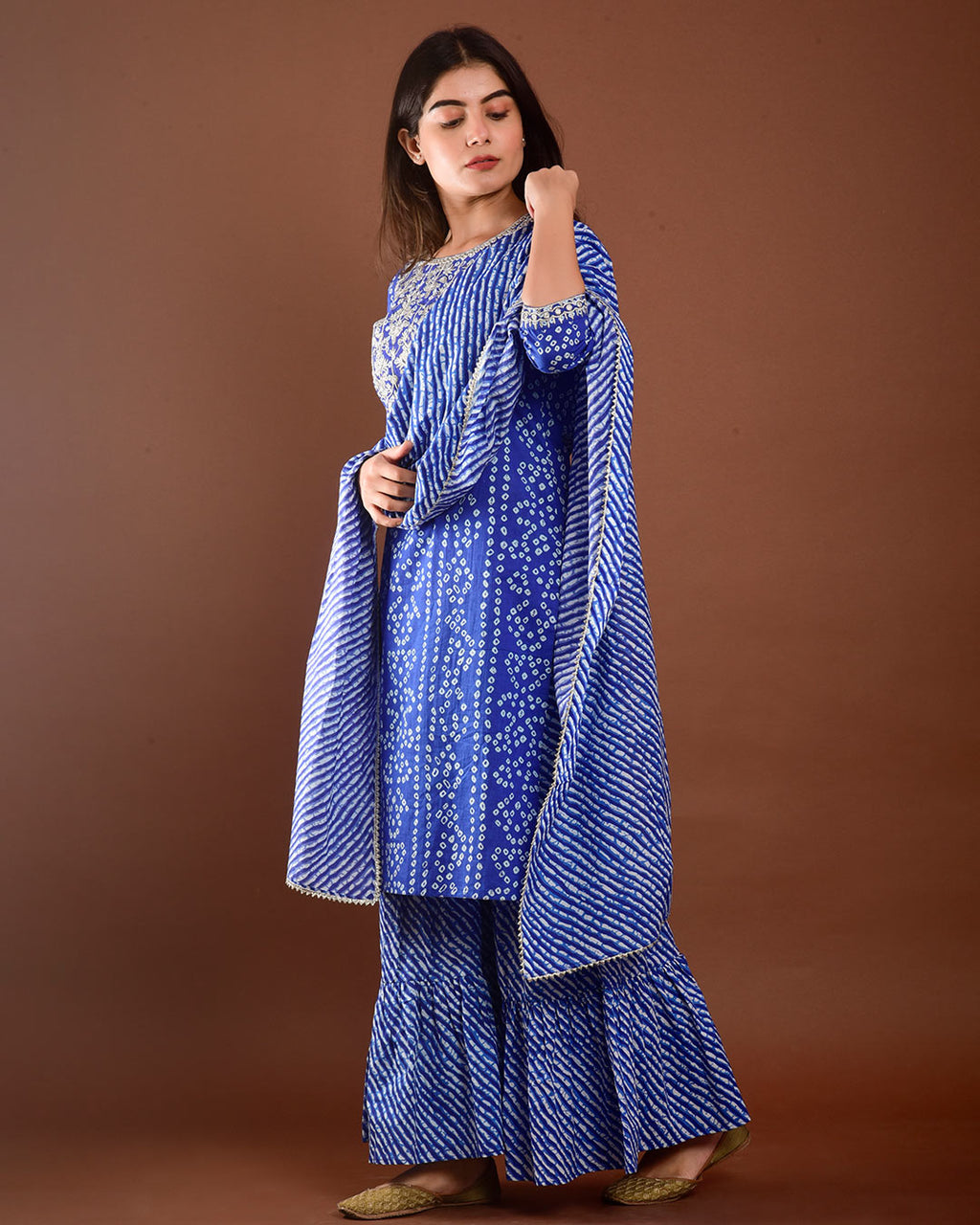 ROYAL BLUE BANDHEJ SUIT SET