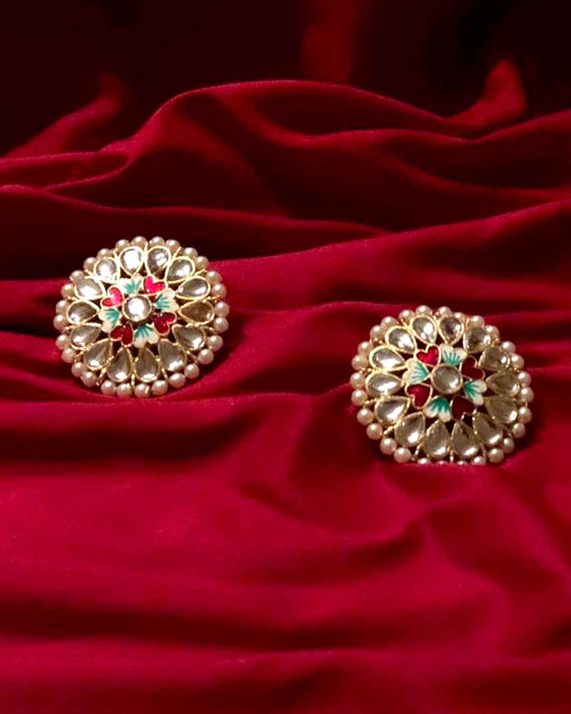FLORAL GOLDEN STUD EARRINGS