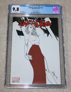 AMAZING SPIDER-MAN #23 CGC 9.8 J SCOTT CAMPBELL GWEN STACY B&W VARIANT