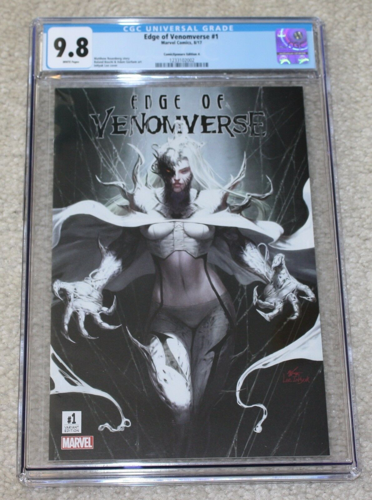 EDGE OF VENOMVERSE #1 CGC 9.8 INHYUK LEE WHITE QUEEN HALF VENOM VARIANT A