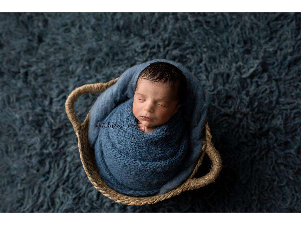 Natural Woven Basket - Newborn Photo Props Canada - Tiny Tot Prop Shop