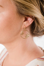 Load image into Gallery viewer, Daisy Circle Earrings - Gold