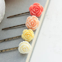 Load image into Gallery viewer, Flower Bobby Pins - BP1031