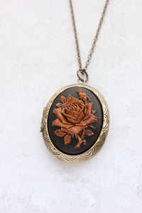 Big Cameo Locket - 'Tea stained' Rose