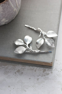 Three Leaf Branch Bobby - 2 pieces