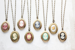 Lady Cameo Locket - Pink