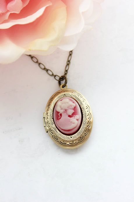 Lady Cameo Locket - Deep Red