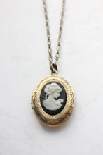 Load image into Gallery viewer, Lady Cameo Locket - Black