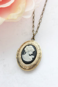 Lady Cameo Locket - Black